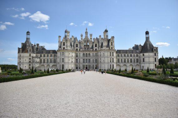Visite guidée du château de Chambord dans les châteaux de la Loire avec un guide privé de l'agence de guides touristiques Guides Tourisme Services
