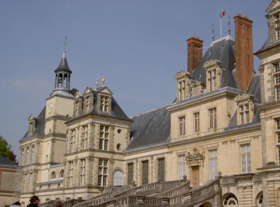 Visite guidée du château de Fontainebleau proche de Paris