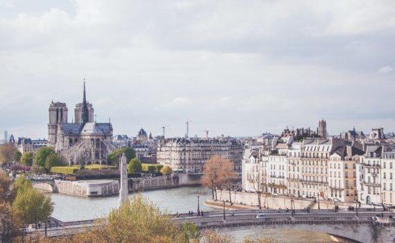 Visite guidée de l'Ile de la Cité à Paris. Un circuit entre Notre-Dame de Paris et la Sainte Chapelle